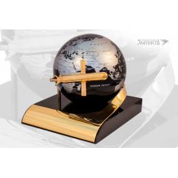 Глобус с ракетой-2